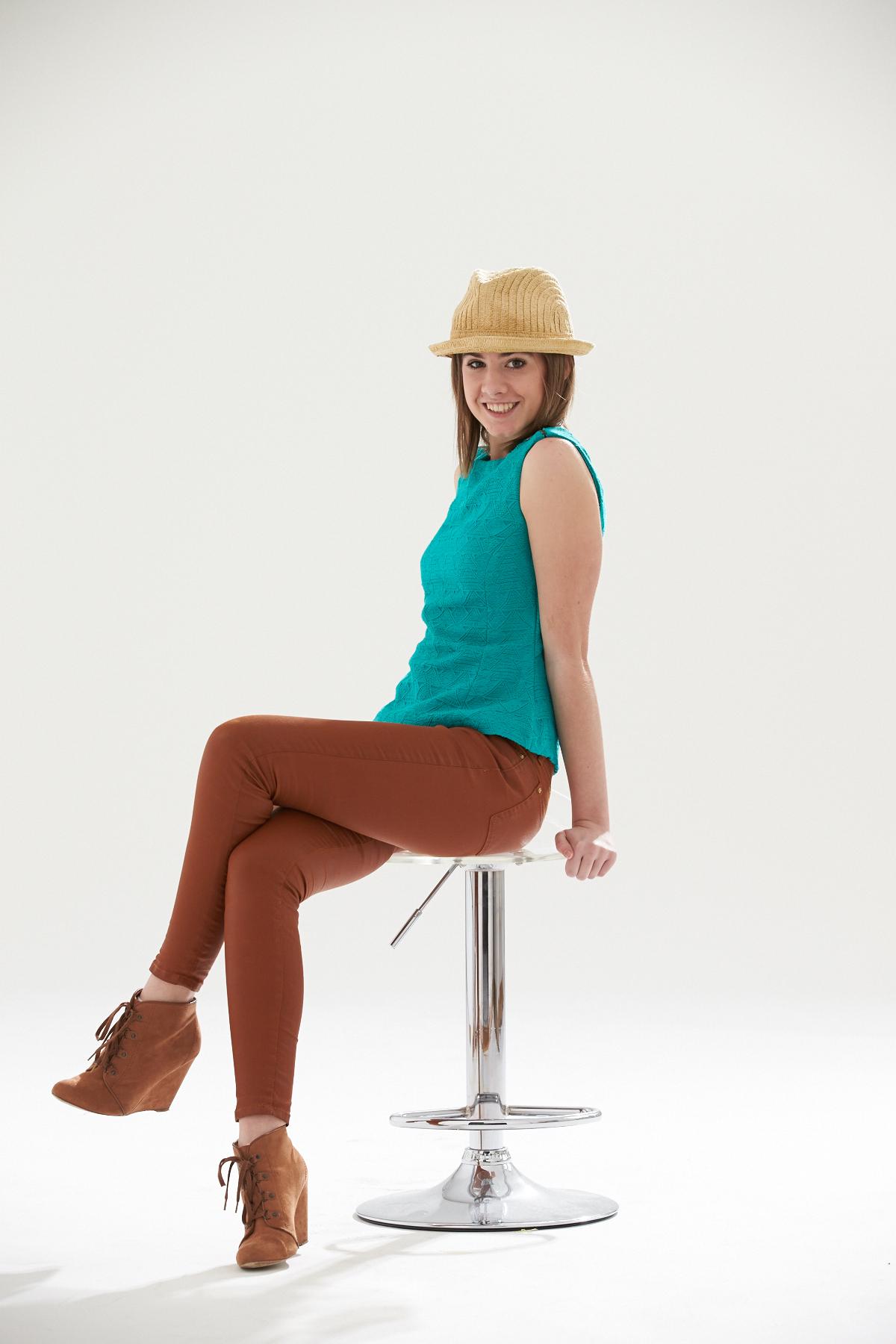 Roxy-auf-Weiss-02-3883